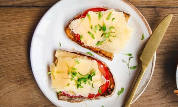 Toast met Hollandse kaas